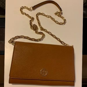 Tory Burch Robinson Chain Wallet New without tags